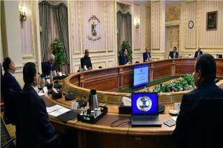 رئيس الوزراء يُشيد بجهود القوات المسلحة بالتعاون مع الوزارات لمواجهة كورونا..فيديو