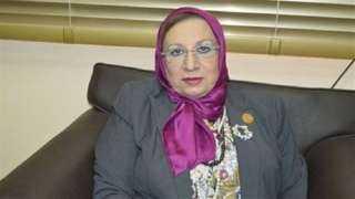 ايناس عبد الحليم تحصل على توقيعات النواب وتقدم قانون المسؤولية الطبية تمهيدا لاحالته بالجلسة العامة