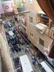 شرطة العمرانية تتصدى لأشخاص يوزعون رشاوى إنتخابية بالعمرانية والطالبية
