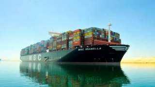 1.2% زيادة في أعداد السفن العابرة من قناة السويس خلال شهر