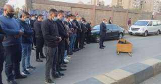 دفن جثمان اللواء كمال عامر بمقابر القوات المسلحة بمصر الجديدة