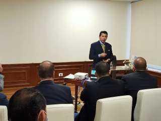 """وزير الرياضة يترأس اجتماع اللجنة العليا لمبادرة """"مصر بلا غرقى"""" (صور)"""