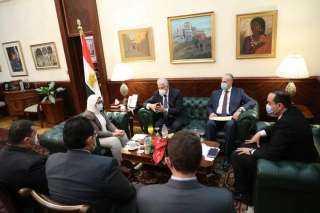وزيرة الصحة تستقبل محافظ جنوب سيناء لمناقشة دعم المنظومة الصحية بالمحافظة
