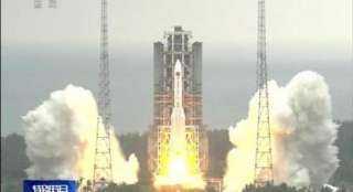 """الصاروخ الصينى يمر الآن بسماء مركز """"ديروط"""" بمحافظة أسيوط"""