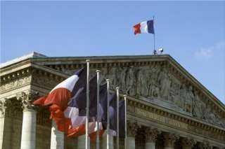 فرنسا تعلن دعمها لتونس وتدعو إلى تجنب العنف